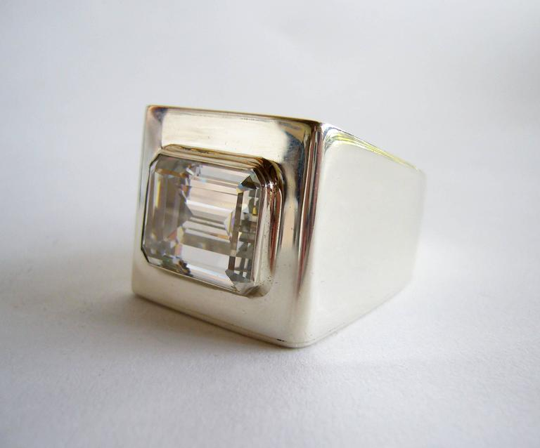 Modernist Kalibré Crystal Sterling Silver Cubed Ring For Sale
