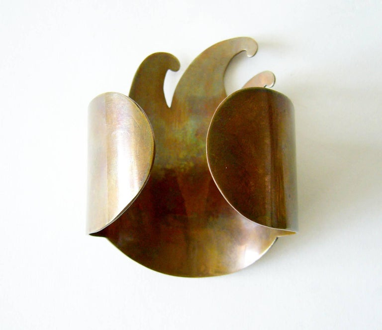 Mexican Modernist Mixed Metal Flame Cuff Arm Bracelet In Good Condition For Sale In Los Angeles, CA