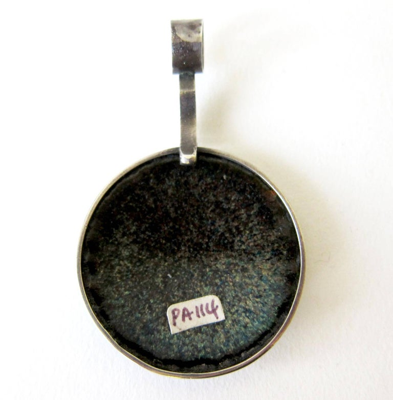 James Parker Enamel Sterling Silver Abstract Modernist Pendant In Excellent Condition For Sale In Los Angeles, CA
