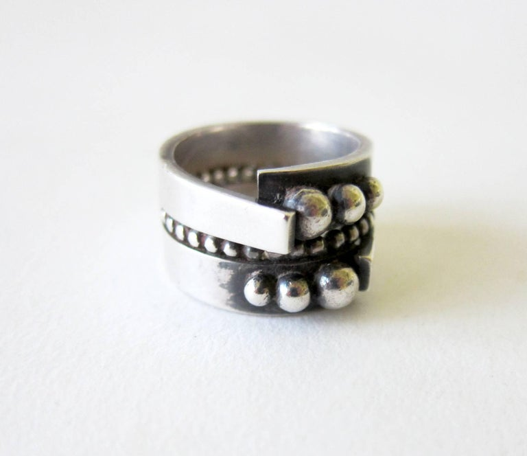James Parker Sterling Silver San Diego Modernist Ring In Excellent Condition For Sale In Los Angeles, CA