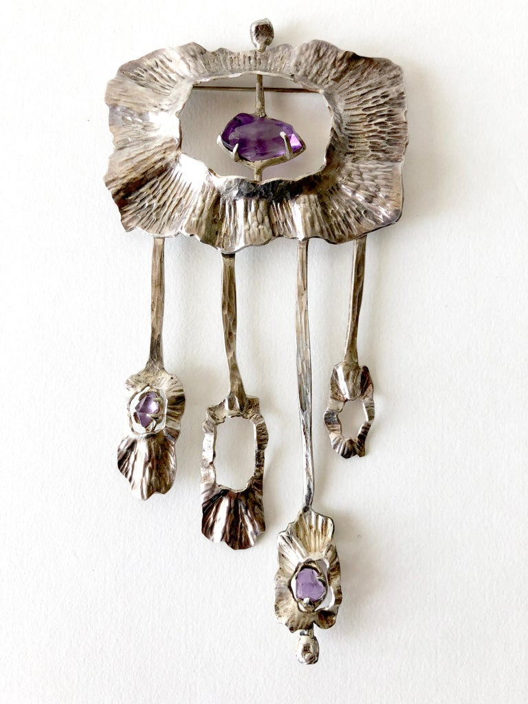 Mona Trunkfield Sterling Silver Amethyst Handcrafted Modernist Brooch In Good Condition For Sale In Los Angeles, CA