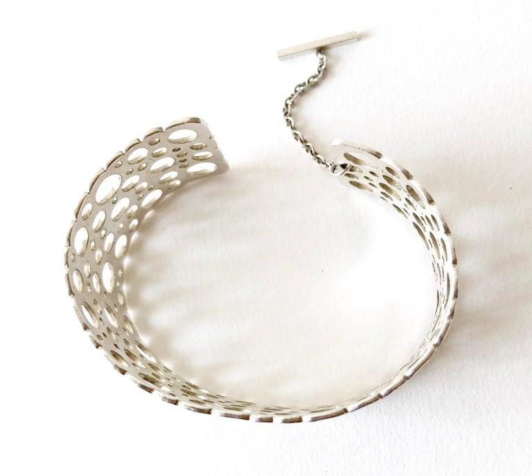 Women's Liisa Vitali Sterling Silver Finnish Modernist Pitsi Ladybird Cuff Bracelet For Sale