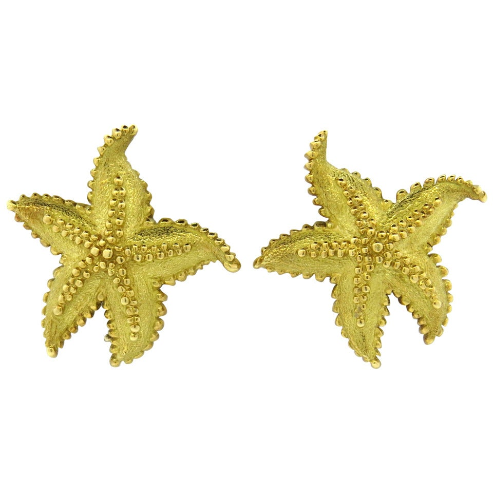 625645398 Tiffany and Co. Gold Starfish Earrings at 1stdibs