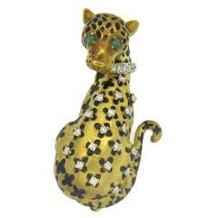 1970s Enamel Emerald Diamond Gold Panther Brooch Pin