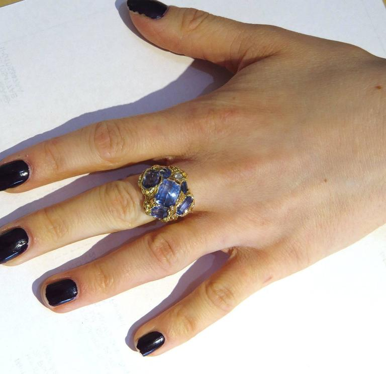 Naturalistic Natural No Heat Blue Sapphire Diamond Gold Ring For Sale 1