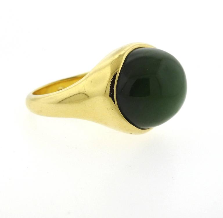 Tiffany & Co. Elsa Peretti Jade Gold Cabochon Ring  In Excellent Condition For Sale In Lahaska, PA