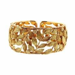 Mario Buccellati Classic Leaves Gold Cuff Bracelet