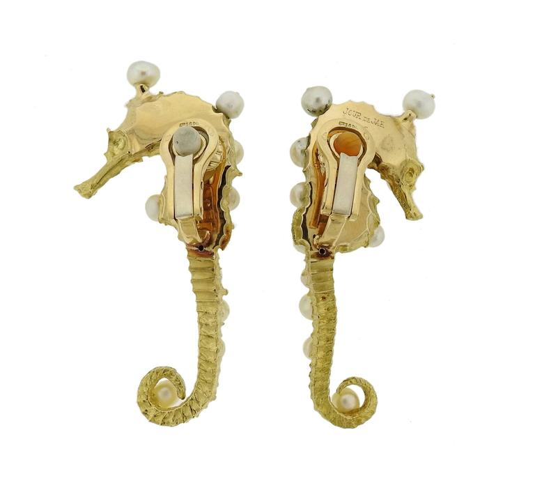 Rare Jar Paris Gold Pearl Seahorse Earrings In Excellent Condition For Sale In Lahaska, PA