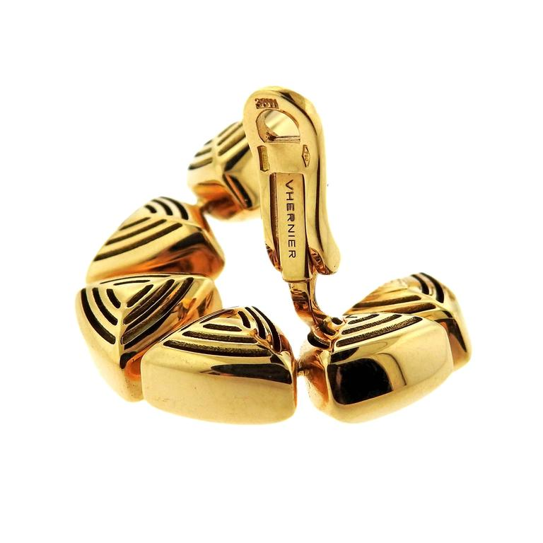 Women's Vhernier Freccia Gold Earrings For Sale