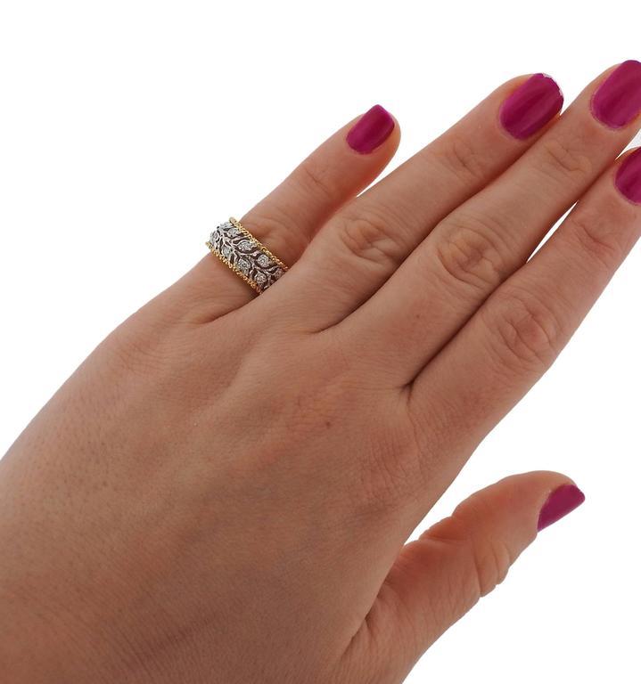 Women's Buccellati Eternelle Gold Diamond Leaf Wedding Band Ring For Sale