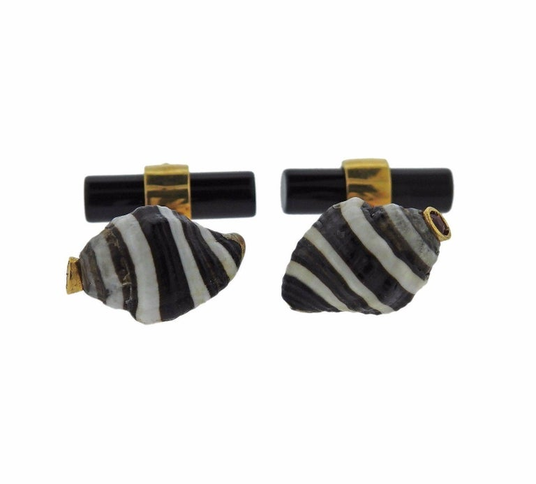 Italian Gold Shell Onyx Ruby Cufflinks 2