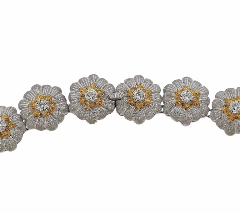 Buccellati Gold Diamond Flower Necklace For Sale 1