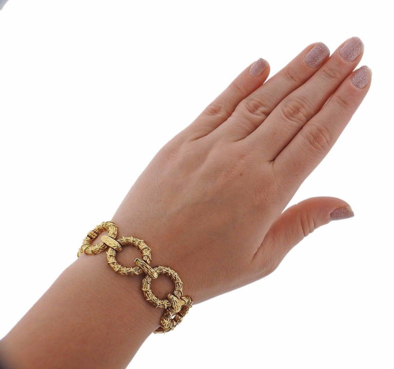 1970s Oval Link Gold Necklace Bracelet Suite In Excellent Condition For Sale In Lahaska, PA