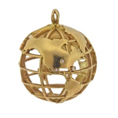Monica Rich Kosann My Earth Gold Charm Pendant