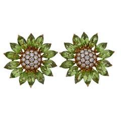 Large Asprey Heritage Daisy Peridot Diamond Gold Earrings