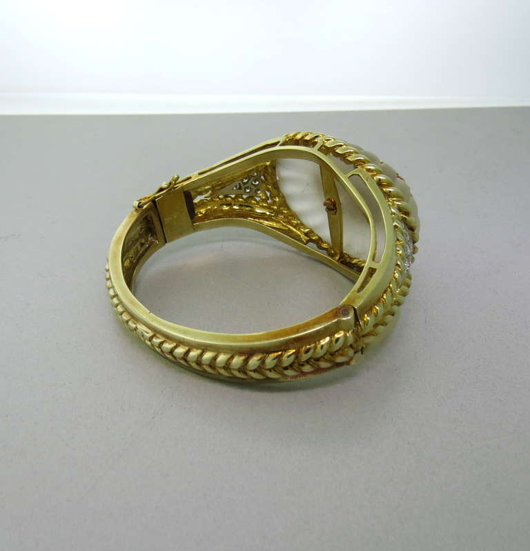 Carved Frosted Crystal Diamond Gold Bangle Bracelet In Excellent Condition For Sale In Lahaska, PA
