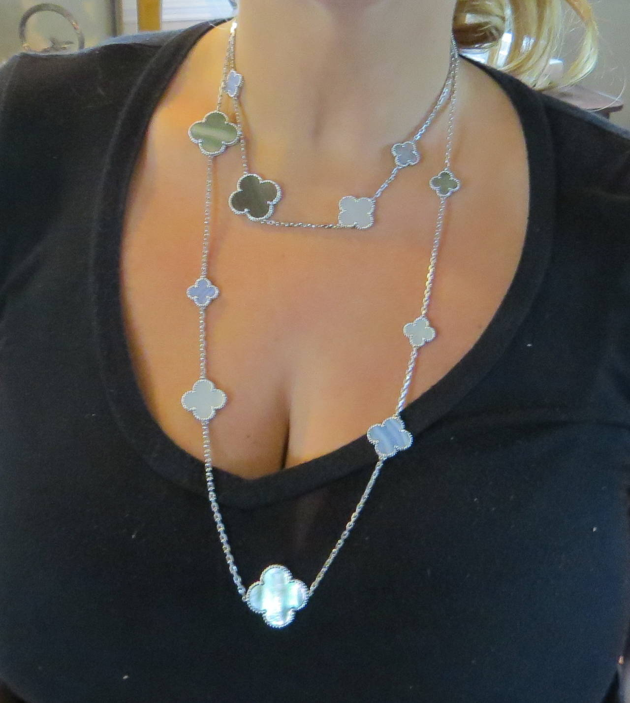 Van Cleef And Arpels Mother Of Pearl Necklace: Van Cleef And Arpels Magic Alhambra Gold Mother Of Pearl