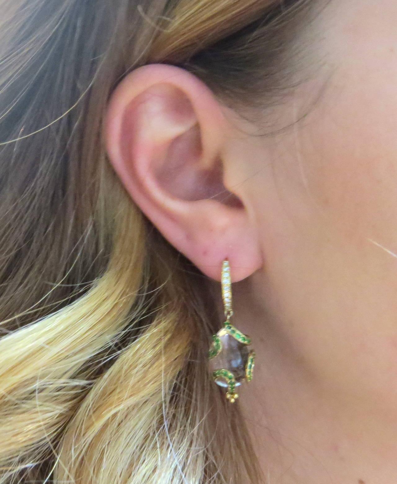 Women S Temple St Clair Matisse Tsavorite Garnet Diamond Crystal Amulet Earrings For