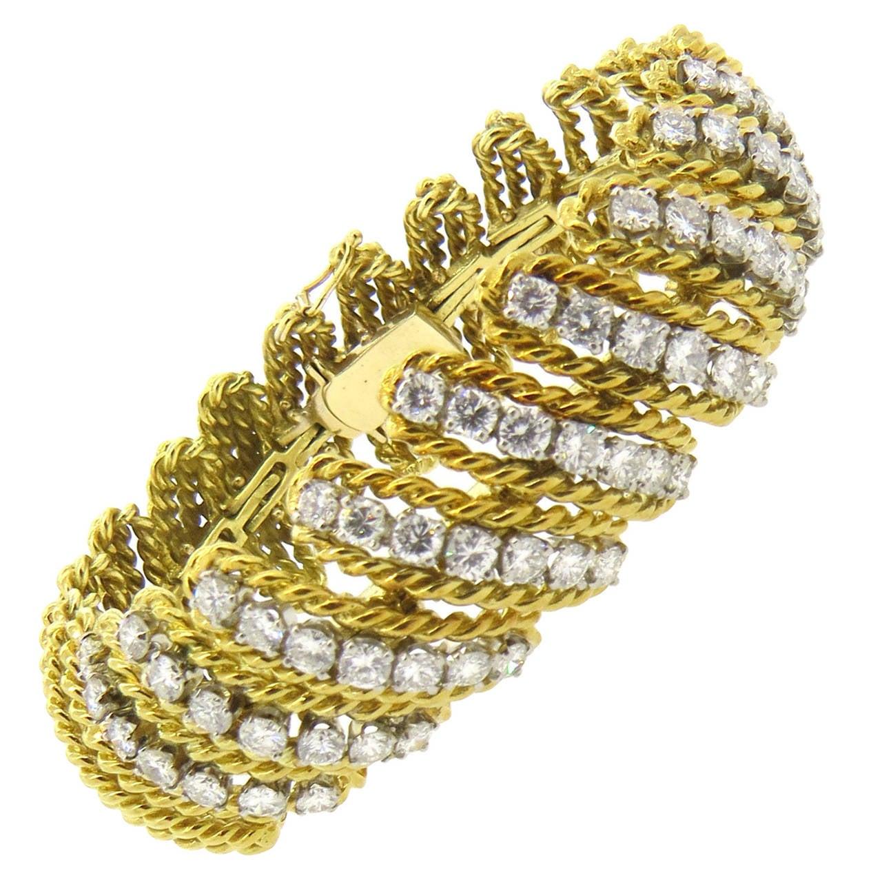 1960s Impressive Diamond Gold Bracelet