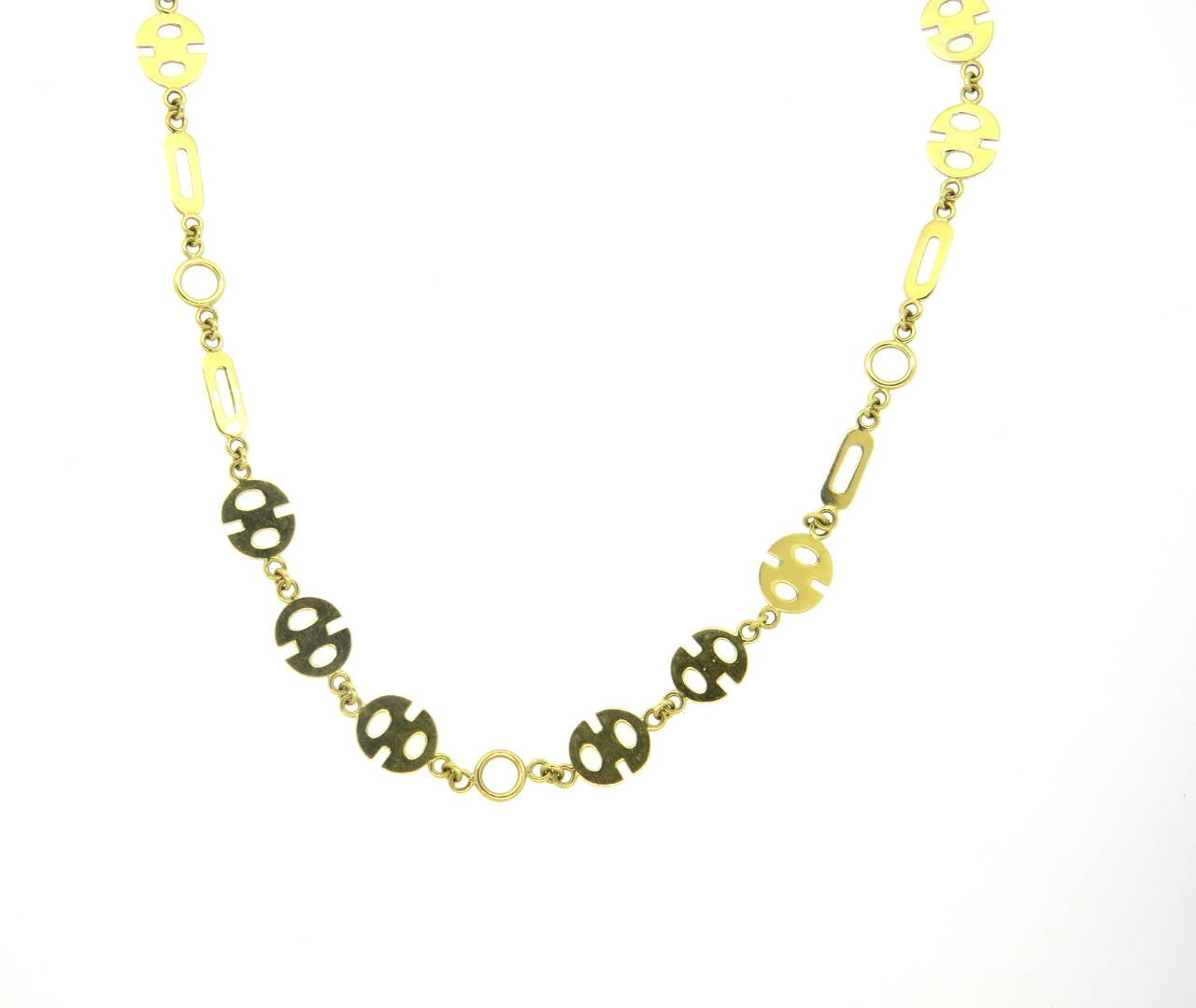 1970s 18k yellow gold unusual link necklace, measuring 26 1/8