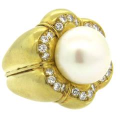 Tambetti South Sea Pearl Large Diamond Gold Ring