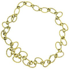 1970s Heavy Oval Bamboo Pattern Gold Chain Link Necklace