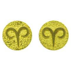 Tiffany & Co. Gold Aries Zodiac Sign Large Cufflinks