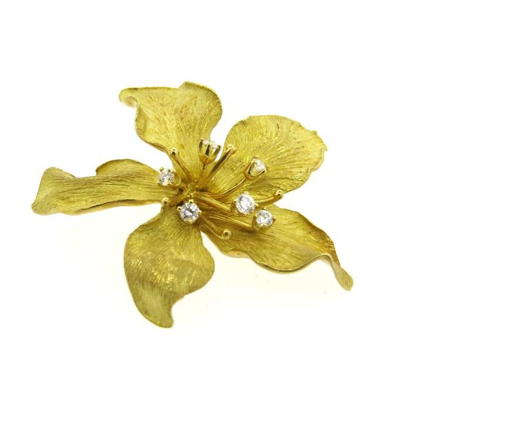 Tiffany & Co Diamond Gold Flower Brooch Pin In Excellent Condition For Sale In Lahaska, PA