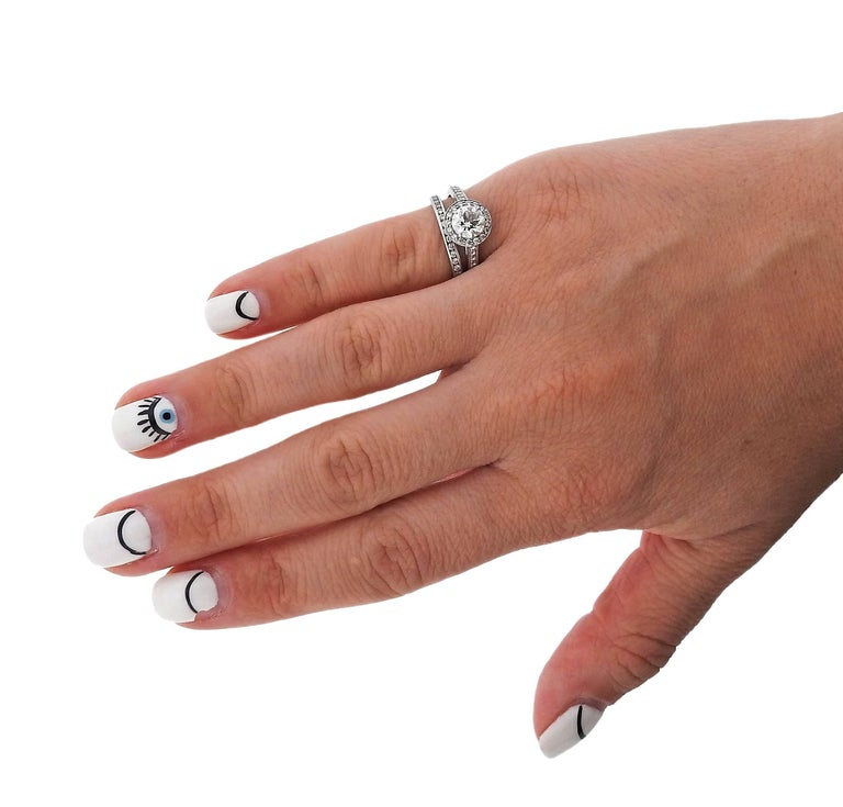 Tiffany & Co Platinum 1.00ct G VVS1 Diamond Engagement Ring Set For Sale 1