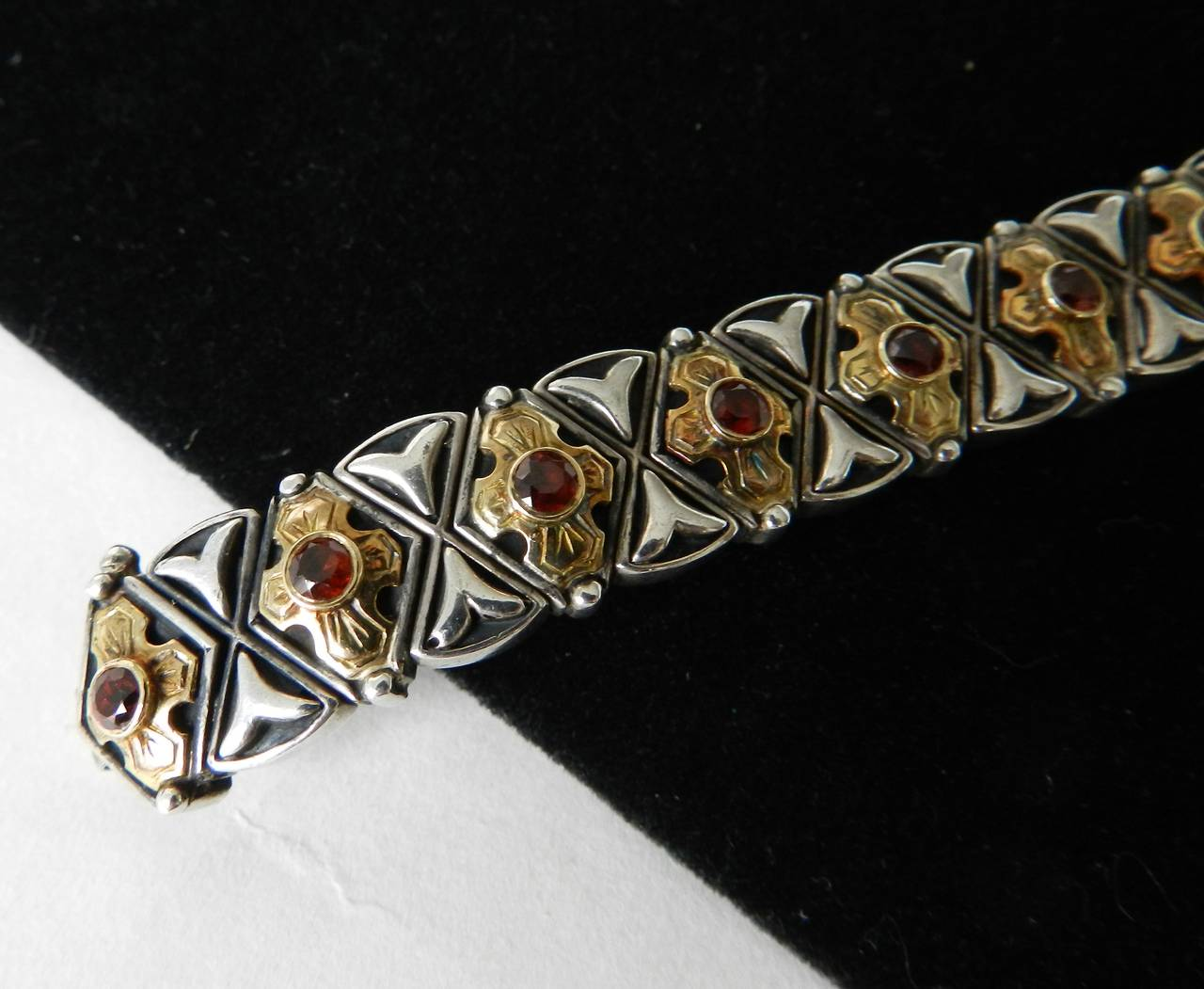 Konstantino Garnet Sterling Gold Byzantine Bracelet In Excellent Condition For Toronto Ontario