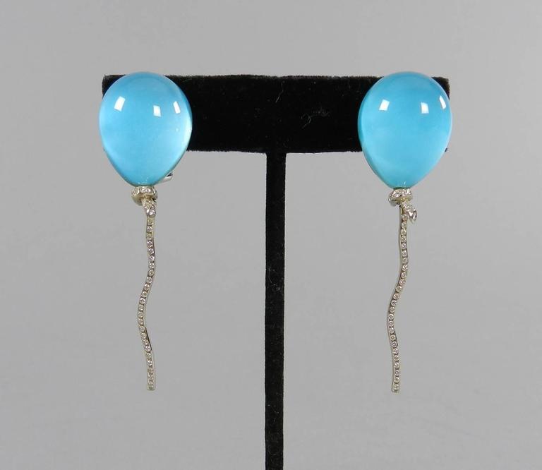 Vhernier Rock Crystal Diamond Gold Abalone Balloon Earrings For Sale 4