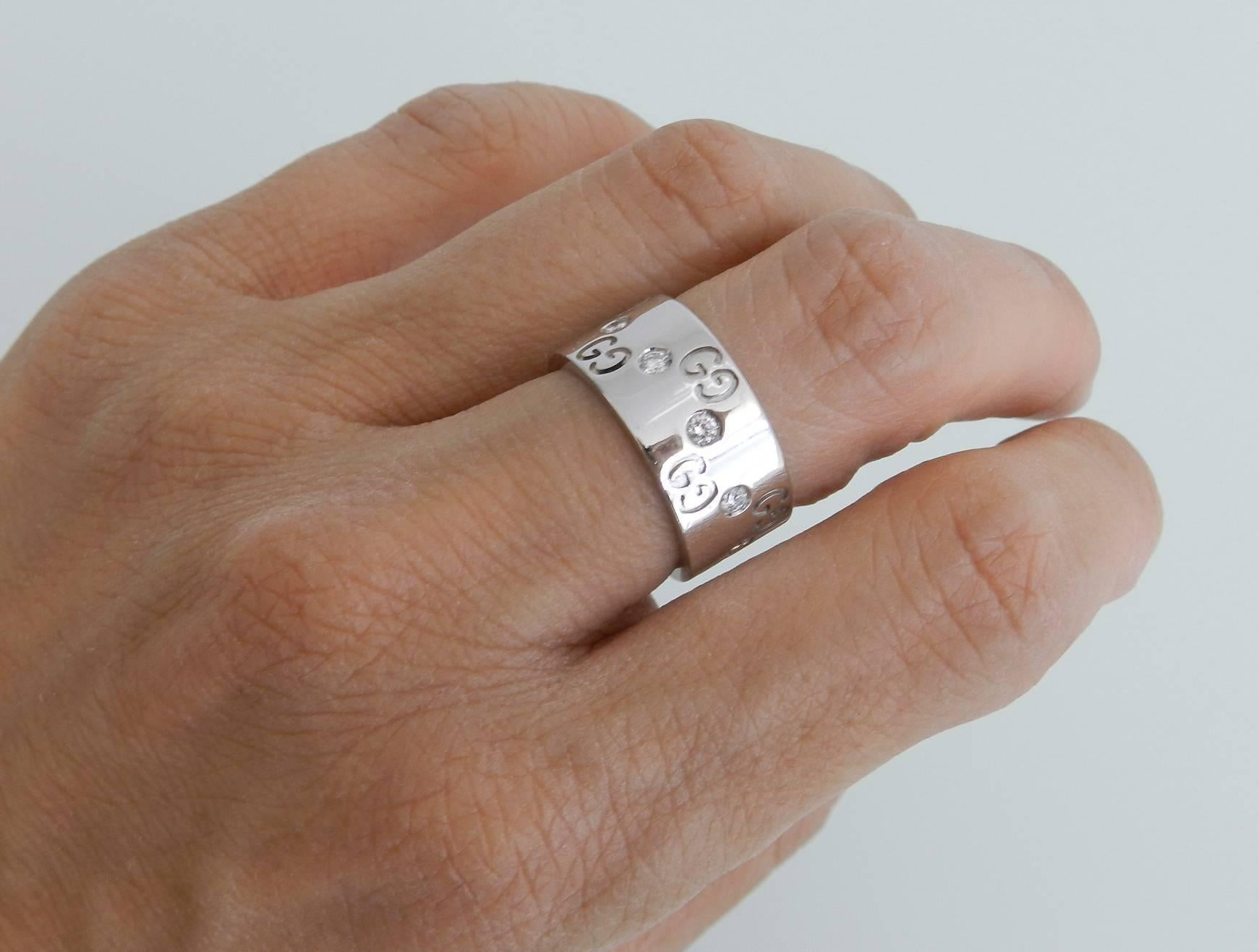 99c9ecbffdae6c Gucci Diamond Gold Icon Ring at 1stdibs