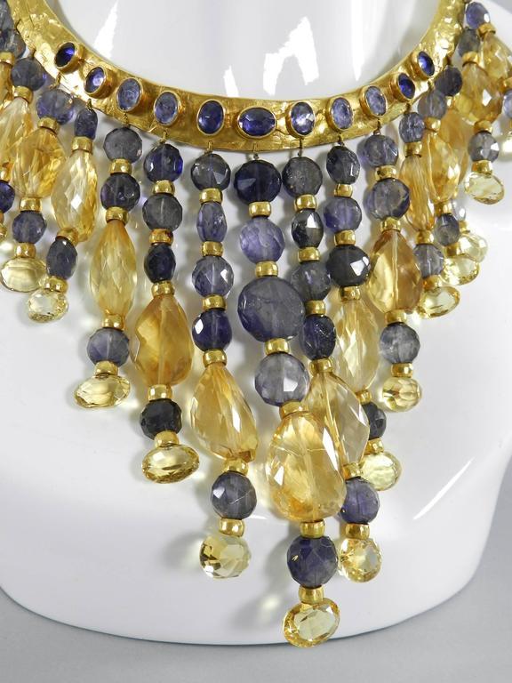 Eileen Coyne Tourmaline Hammered Gold Fringe Necklace For Sale 5