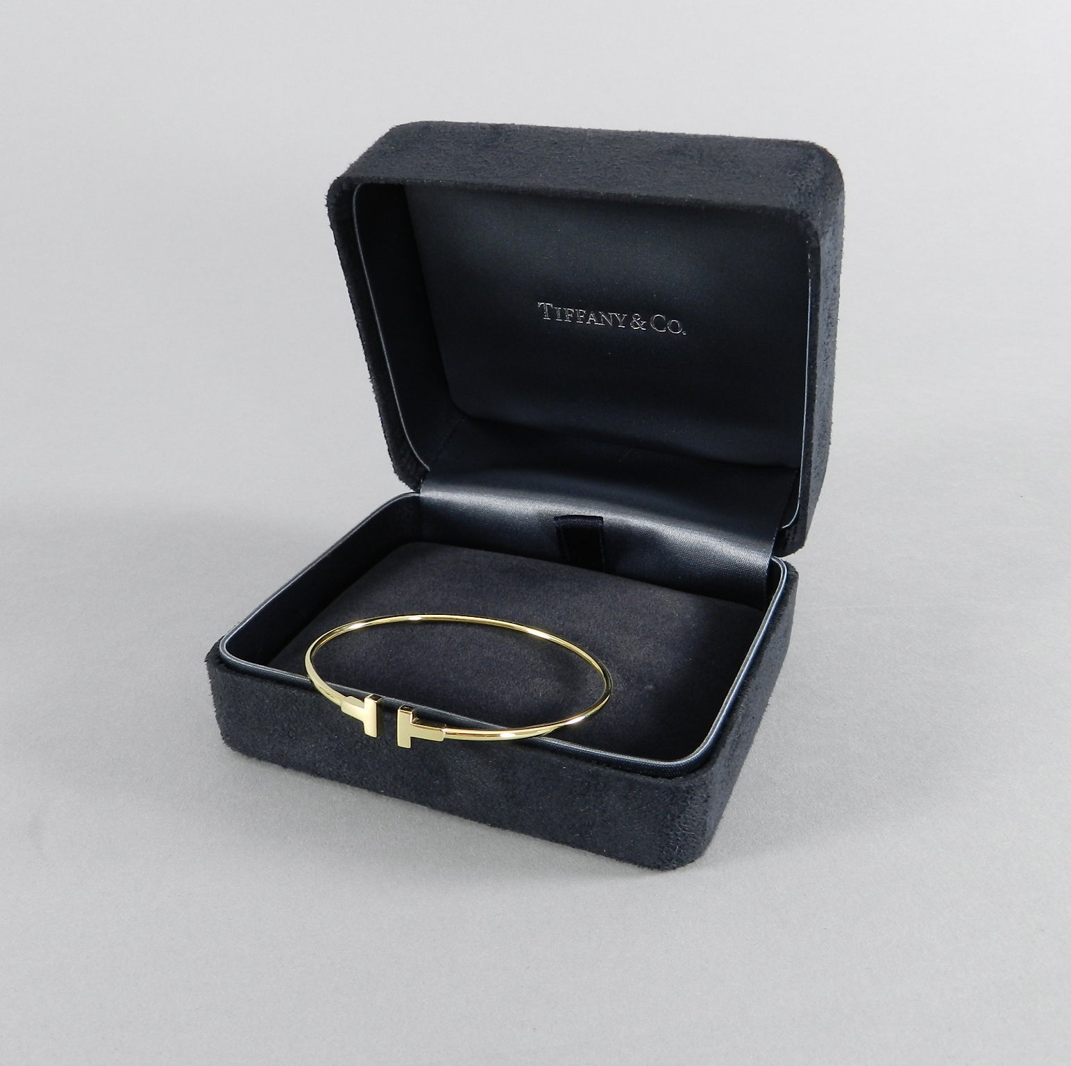 80fe0f014 Tiffany and Co. Narrow Gold T Wire Bracelet at 1stdibs