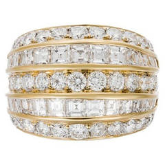Important Diamond Gold Fashion Ring
