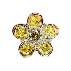 Magnificent GIA Certified Diamond Gold Platinum Flower RIng