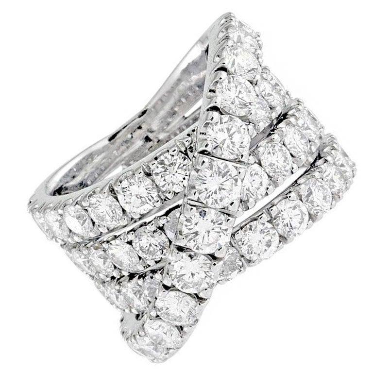 7.50 Carats Criss-Cross Diamond Band Ring
