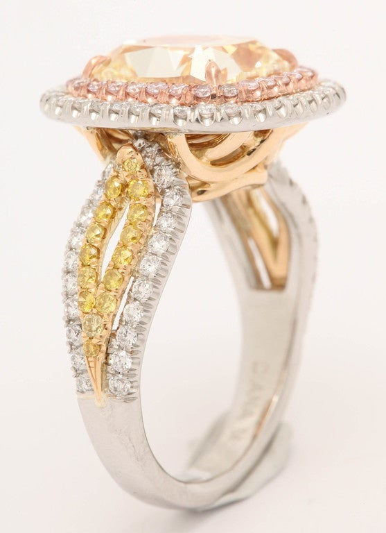 Magnificent 5 41 Carat Fancy Yellow diamond RIng For Sale at 1stdibs