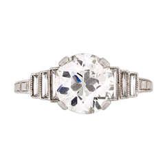 Past Era Art Deco Diamond Ring with Step-Down Diamond Baguette Shoulders