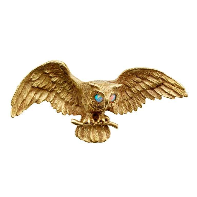 Art Nouveau 14K Gold Owl Pin with Opal Eyes For Sale