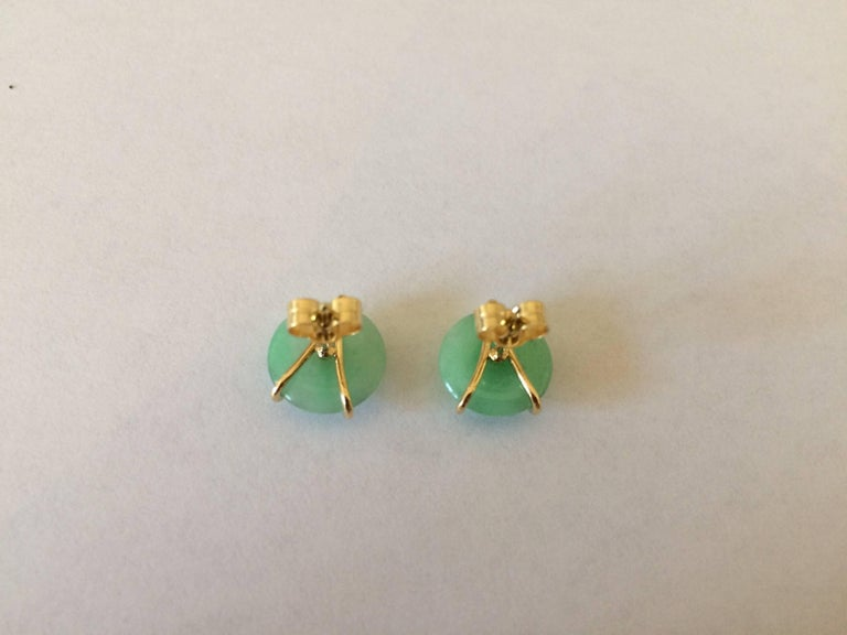 Round Cut Ana De Costa Circular Green Jade Tsavorite Yellow Gold Stud Earrings For Sale