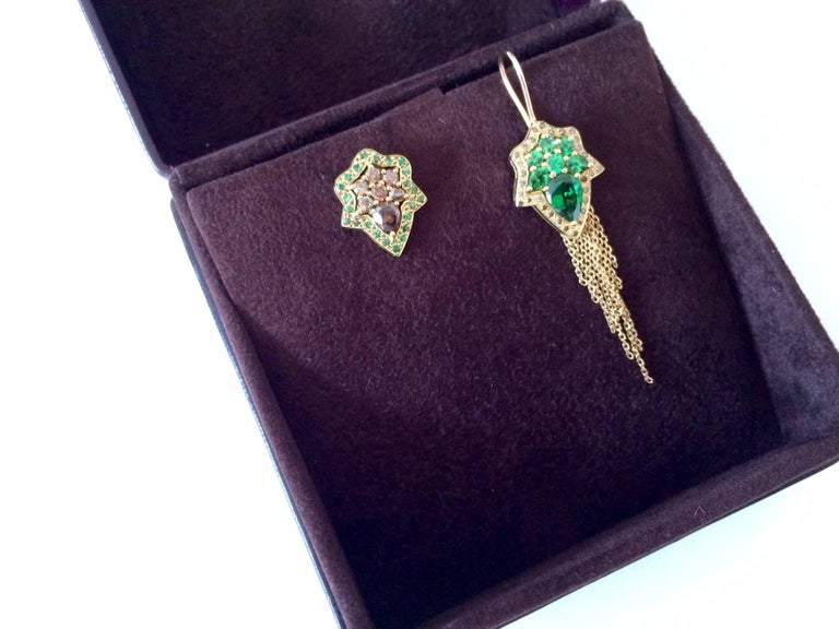 Ana de Costa Yellow Gold Pear Green Tsavorite Cognac Diamond Drop Chain Earrings For Sale 2