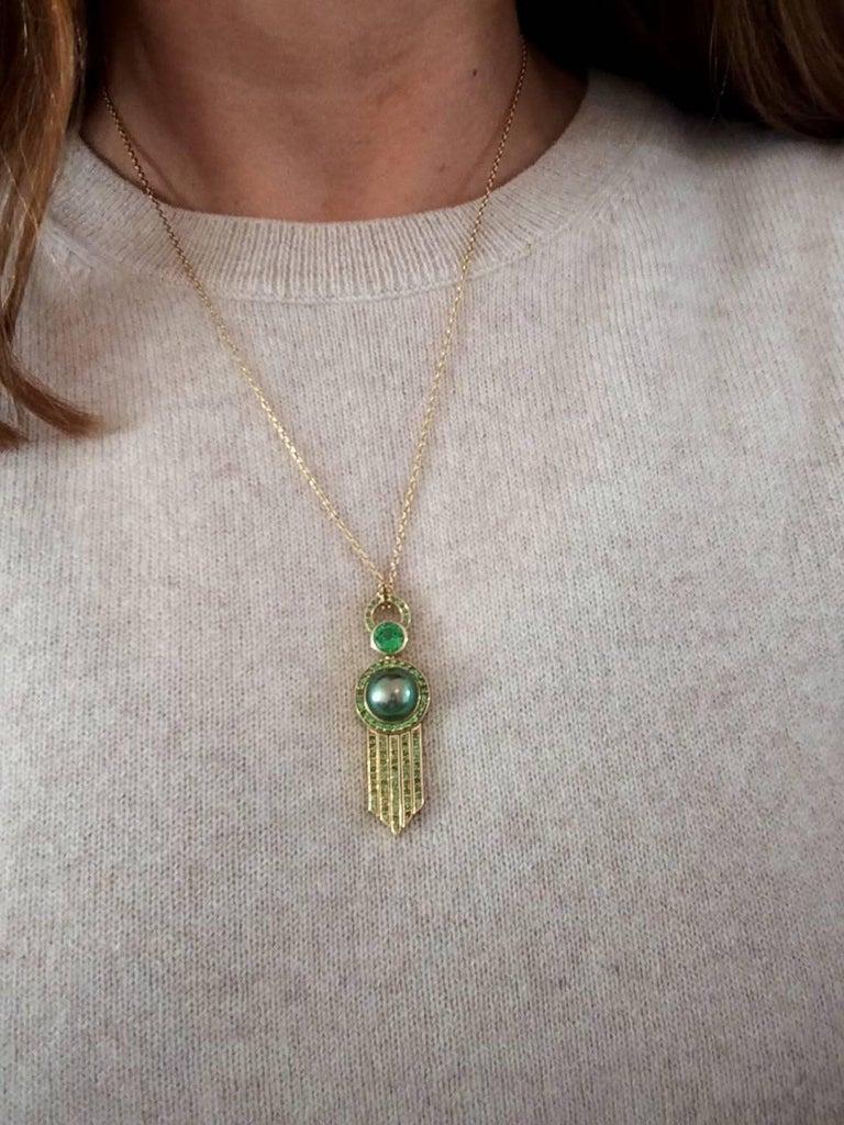 Ana De Costa Yellow Gold Green Round Tsavorite Black Tahitian Pearl Drop Pendant For Sale 2