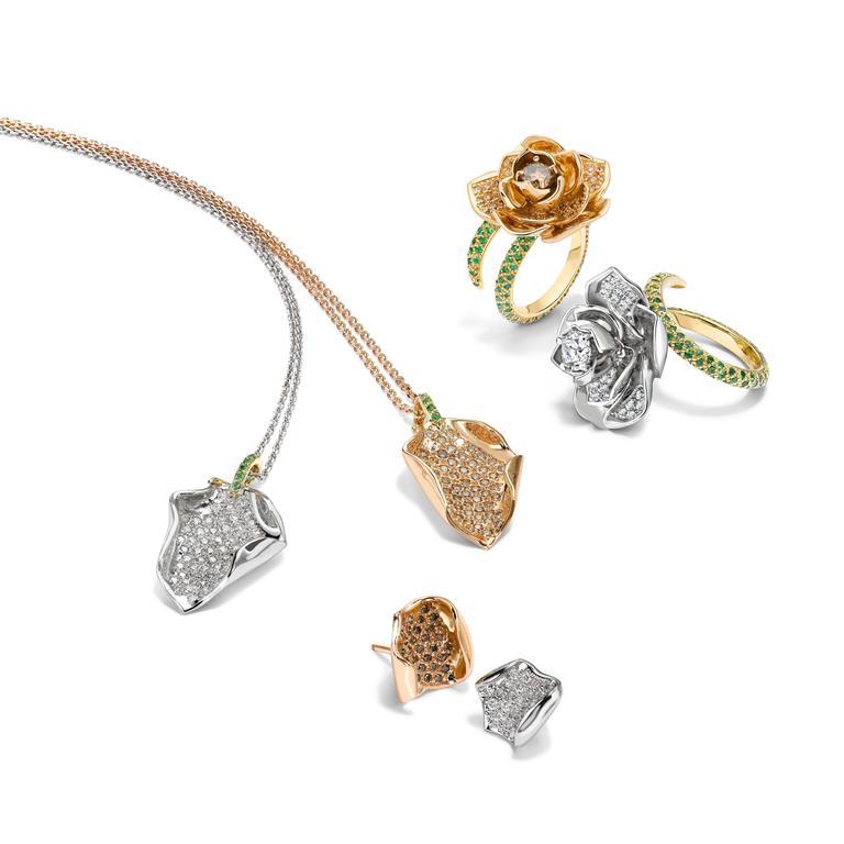 Ana De Costa Platinum Yellow Gold White Diamond Tsavorite Lotus Petal Pendant For Sale 5