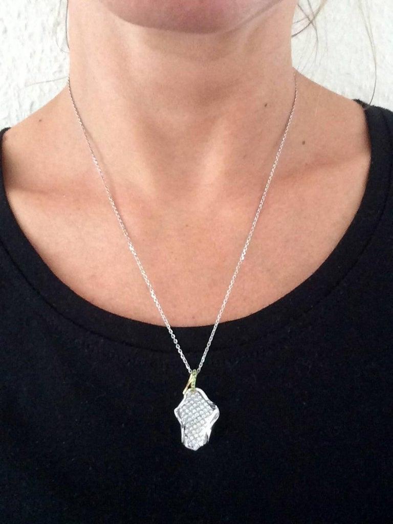 Ana De Costa Platinum Diamond Tsavorite Lotus Petal Pendant For Sale 3