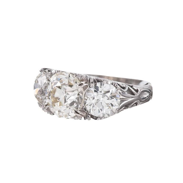 18 Karat White Gold and Diamond English Carved Ring For Sale at 1stdibs