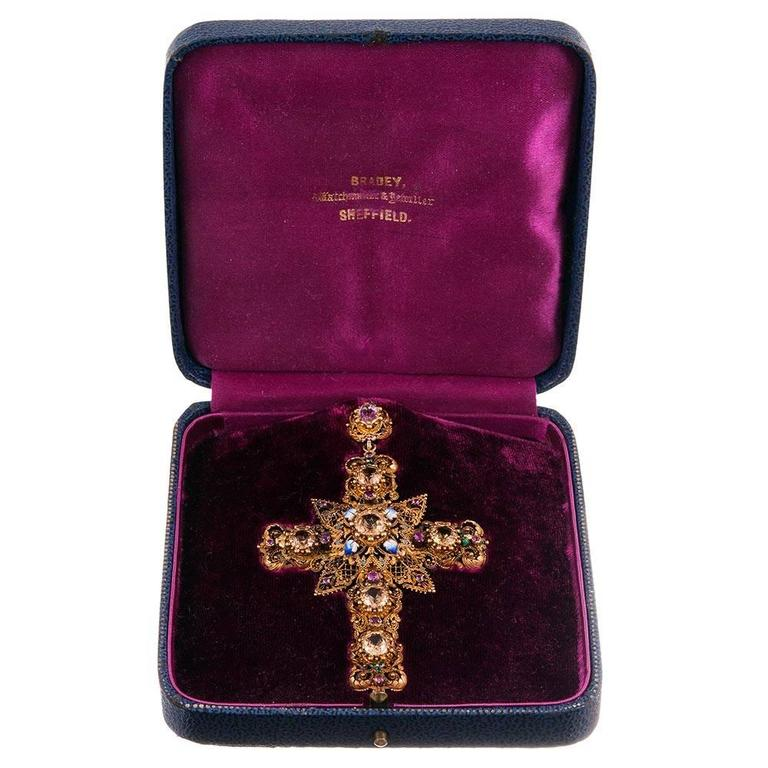 Enamel Gemstone Granulated Gold Cross Pendant In Excellent Condition For Sale In Carmel-by-the-Sea, CA