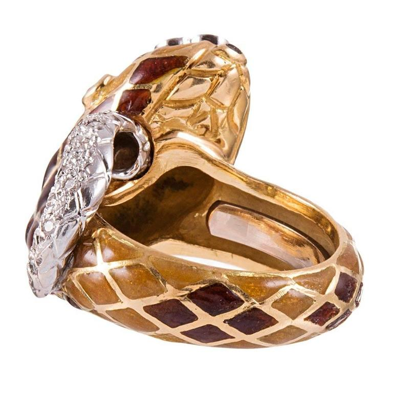 David Webb Enamel Diamond Snake Ring In Excellent Condition For Sale In Carmel-by-the-Sea, CA