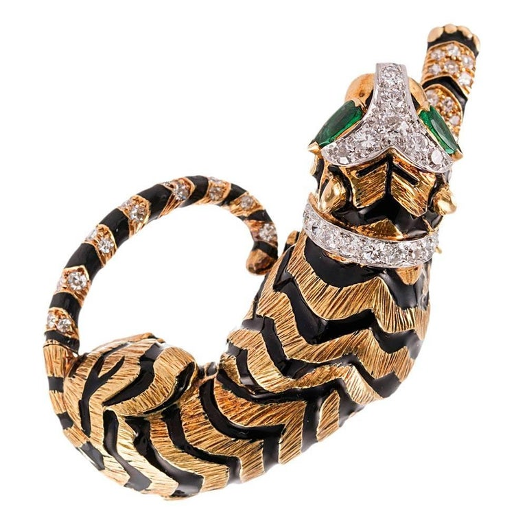 Women's or Men's David Webb Diamond Emerald Gold Tiger Brooch For Sale