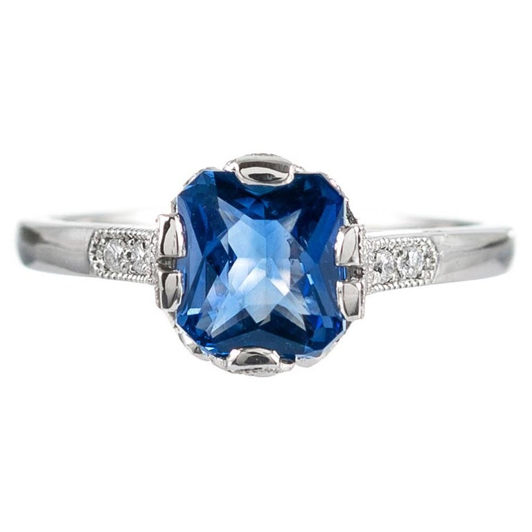 1.60 Carat No Heat Sapphire and Diamond Ring, Signed Lucie Campbell For Sale